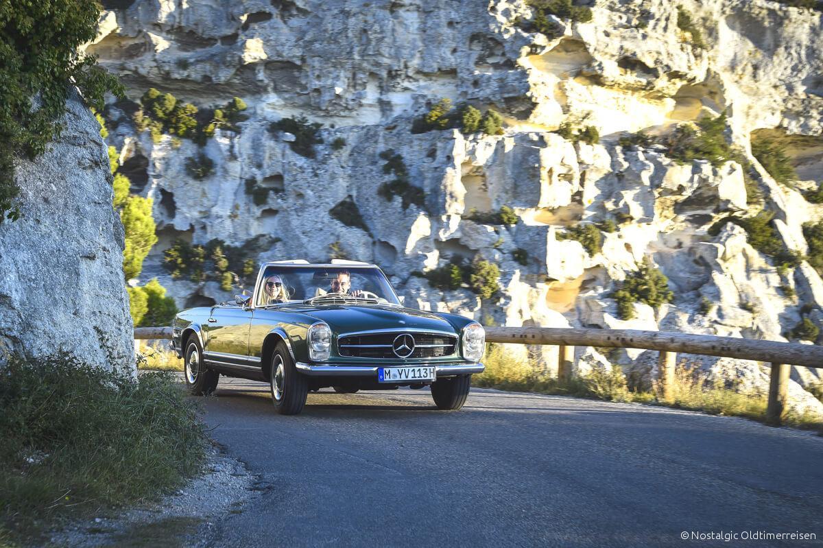 Mercedes-Benz 280SL 280 SL W113 113 Pagode Pagoda grün green Provence | Nostalgic Oldtimerreisen