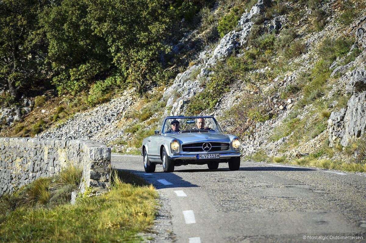 Mercedes-Benz 230SL 230 SL W113 113 Pagode Pagoda silber silver Provence | Nostalgic Oldtimerreisen
