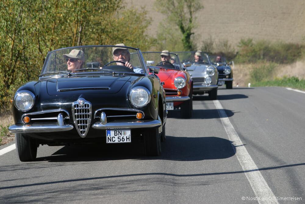 Alfa Romeo Spider 2600 Giulia Giulietta Toskana Straße Strasse | Nostalgic Oldtimerreisen