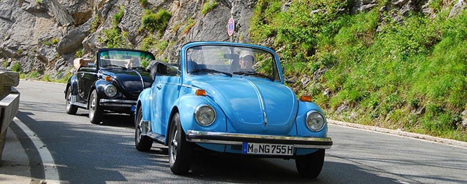 Volkswagen VW Käfer 1303 Cabrio Cabriolet blau | Nostalgic Oldtimerreisen