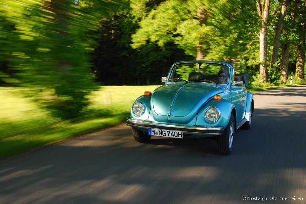 VW Volkswagen Käfer 1303 blau blaumetallic Cabrio| Nostalgic Oldtimerreisen