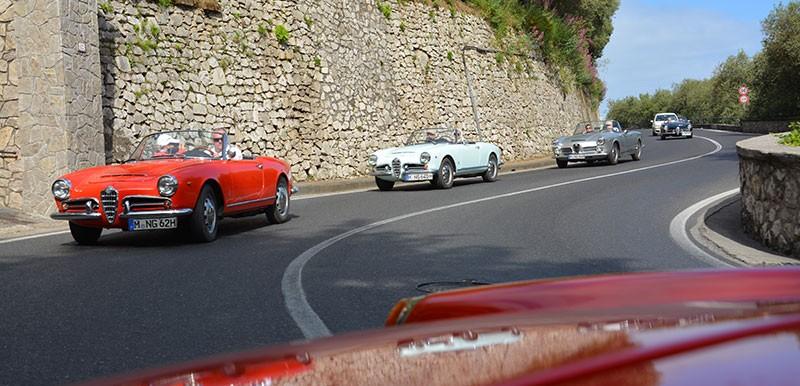 Amalfi Alfa Romeo Spider Giulia Italien italy | Nostalgic Oldtimerreisen
