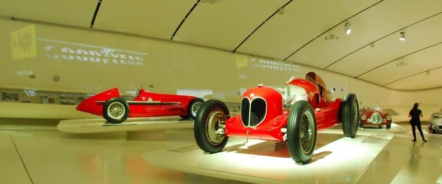 Casa Enzo Ferrari Modena | Nostalgic Oldtimerreisen