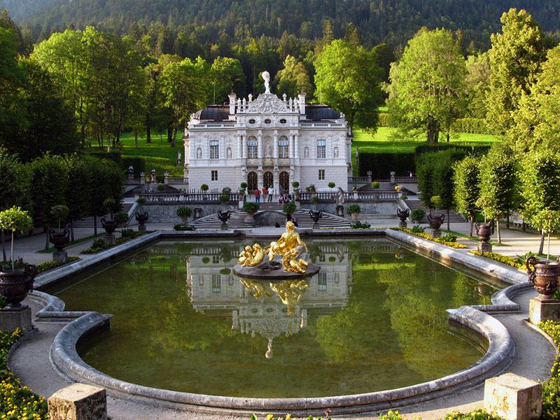Südfassade Schloss Linderhof Ettal |Nostalgic Oldtimerreisen