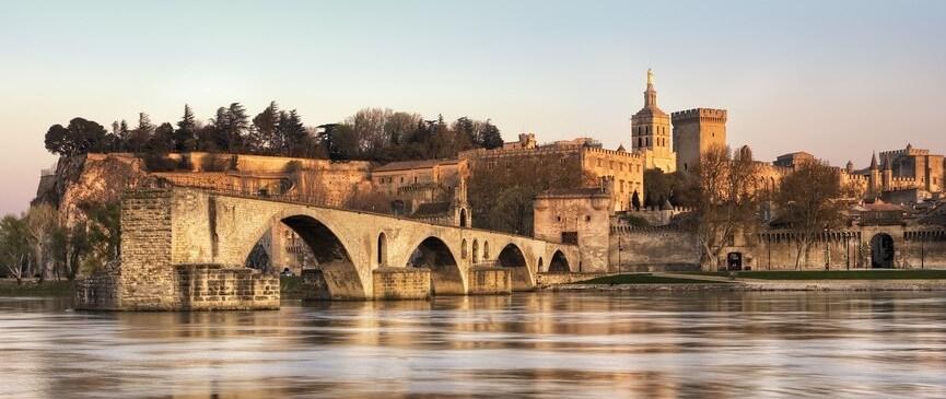 Brücke Avignon pont d'avignon Provence | Nostalgic Oldtimerreisen